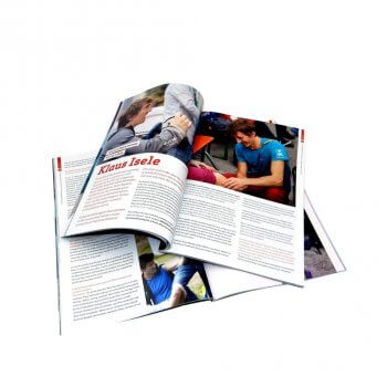 Most buyers prefer factory customized low cost printing magazine